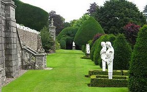 Statues surrounded by box hedging