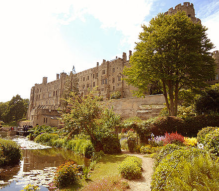 The Mill Garden in context with Warwick Castle and river