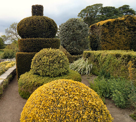 Formal Garden at front of house