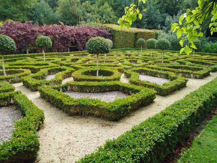 Opposite view of Parterre