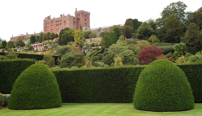 A sense of the scale of the gardens is given in this picture from the lower formal gardens